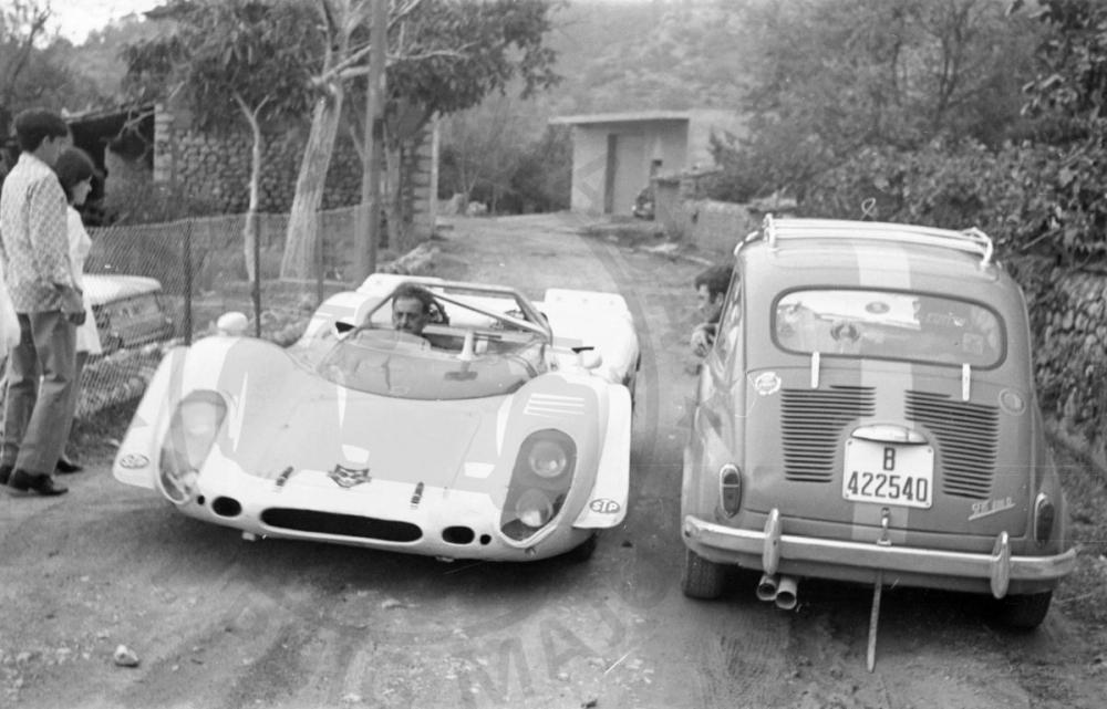 Juan Kutz - Porsche 908/02